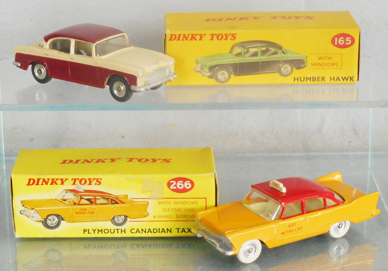 DINKY No 266 PLYMOUTH CANADIAN TAXI TRANSFERS//DECALS